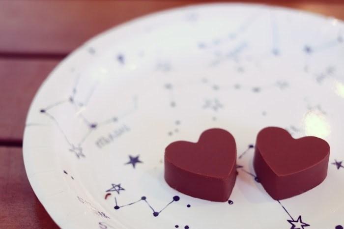 ハート型チョコレートの写真
