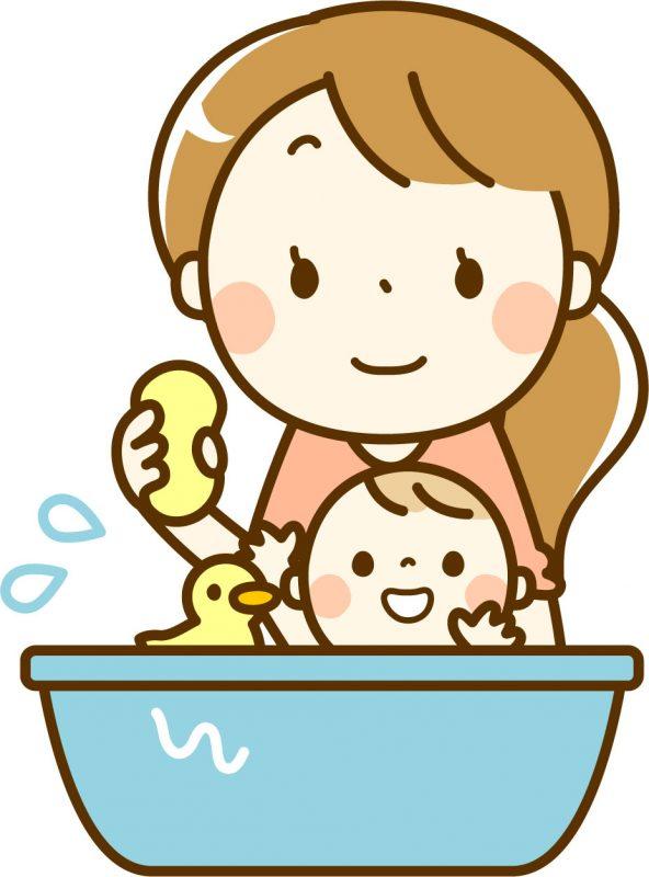 赤ちゃんの体を洗っているママのイラスト