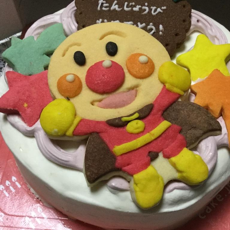 cake.jpのケーキ(アンパンマンつき)
